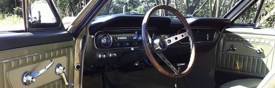 Pontiac Gto Ford Mustang Cadillac Fleedwood Chrysler New Yorker