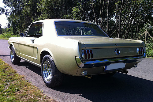 FORD MUSTANG 1965